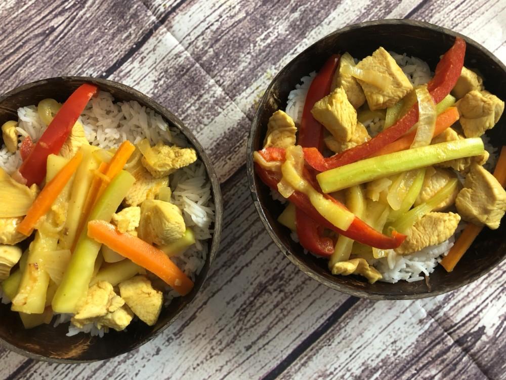 Curry de poulet thaï au lait de coco et gingembre